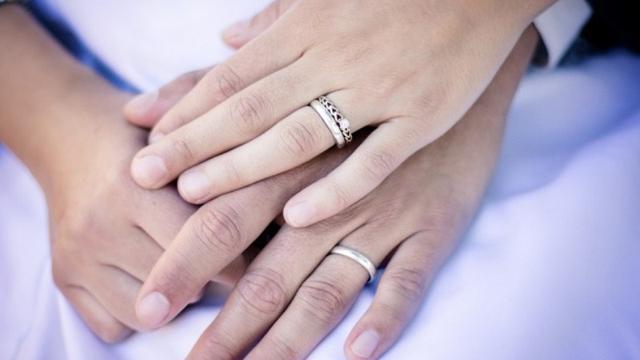 Sering Memegang Tangan Istri Bisa Menggugurkan Dosa Suami? Begini Motivasi Untuk Menjaga Kerukunan Suami Istri