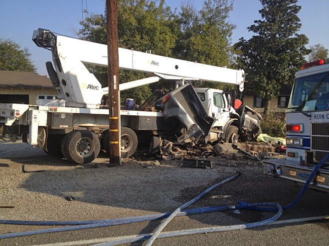 kern county buttonwillow highway 58 crane truck crash fatality carrie gilliard joshua shepherd