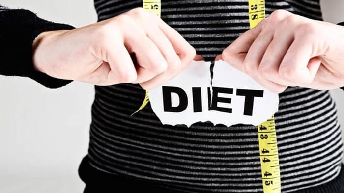 penyebab utama gagal diet, kesalahan yang bikin gagal diet, gagal diet, diet gagal, kesalahan fatal yang bikin diet gagal total, Diet keto apa sih, Diet itu Apa, Makanan apa saja untuk diet, Bagaimana cara untuk diet, Makanan apa saja untuk diet keto, Diet karbo itu seperti apa, Apa itu diet protein tinggi, Bagaimana cara diet sehat, Apa manfaat dari diet, Makan malam apa yang cocok untuk diet, Makan malam apa yang tidak buat gemuk, Makan malam yg enak apa ya, Makanan apa untuk menurunkan berat badan, Makanan Keto itu apa, Bagaimana cara diet ketogenik, Bagaimana cara diet mayo, Makanan apa saja untuk diet Mayo, Bagaimana Cara Diet GM, Apa itu Diet OCD, Apa itu diet karbohidrat, makanan untuk diet, tips diet, orang diet, kisah diet debm, cara menurunkan berat badan, cara menurunkan berat badan alami dalam 1 minggu, makanan unik untuk diet, diet karbo dan garam