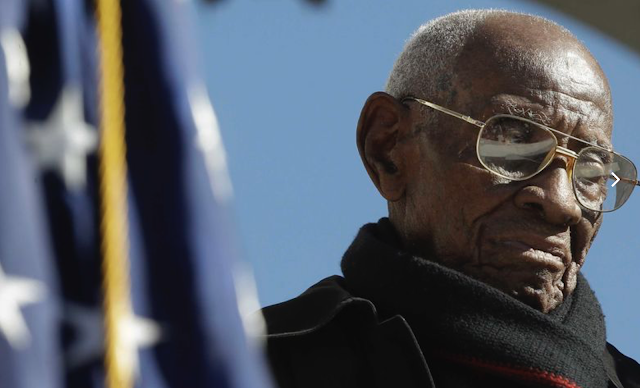 Nation's oldest living veteran Richard Overton dies in Austin at age 112