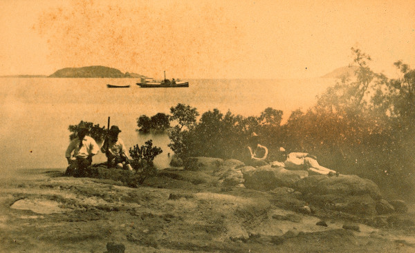 Flat Top Island outside Mackay, circa 1874.