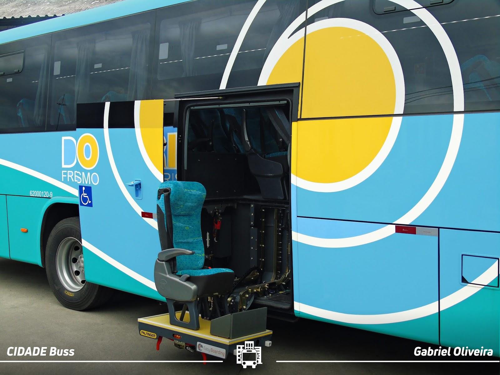 Ônibus Rodoviário com Elevador PCD