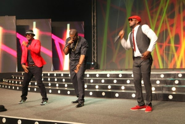 audience walk out psquare