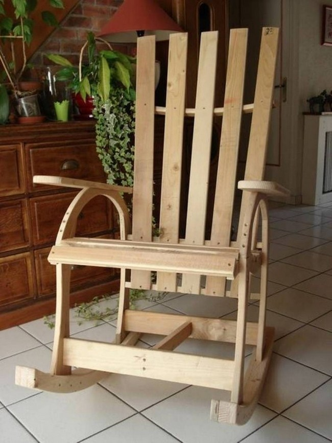 50 diy pallet chairs ideas that can improve your new home for Pallet furniture blogspot com