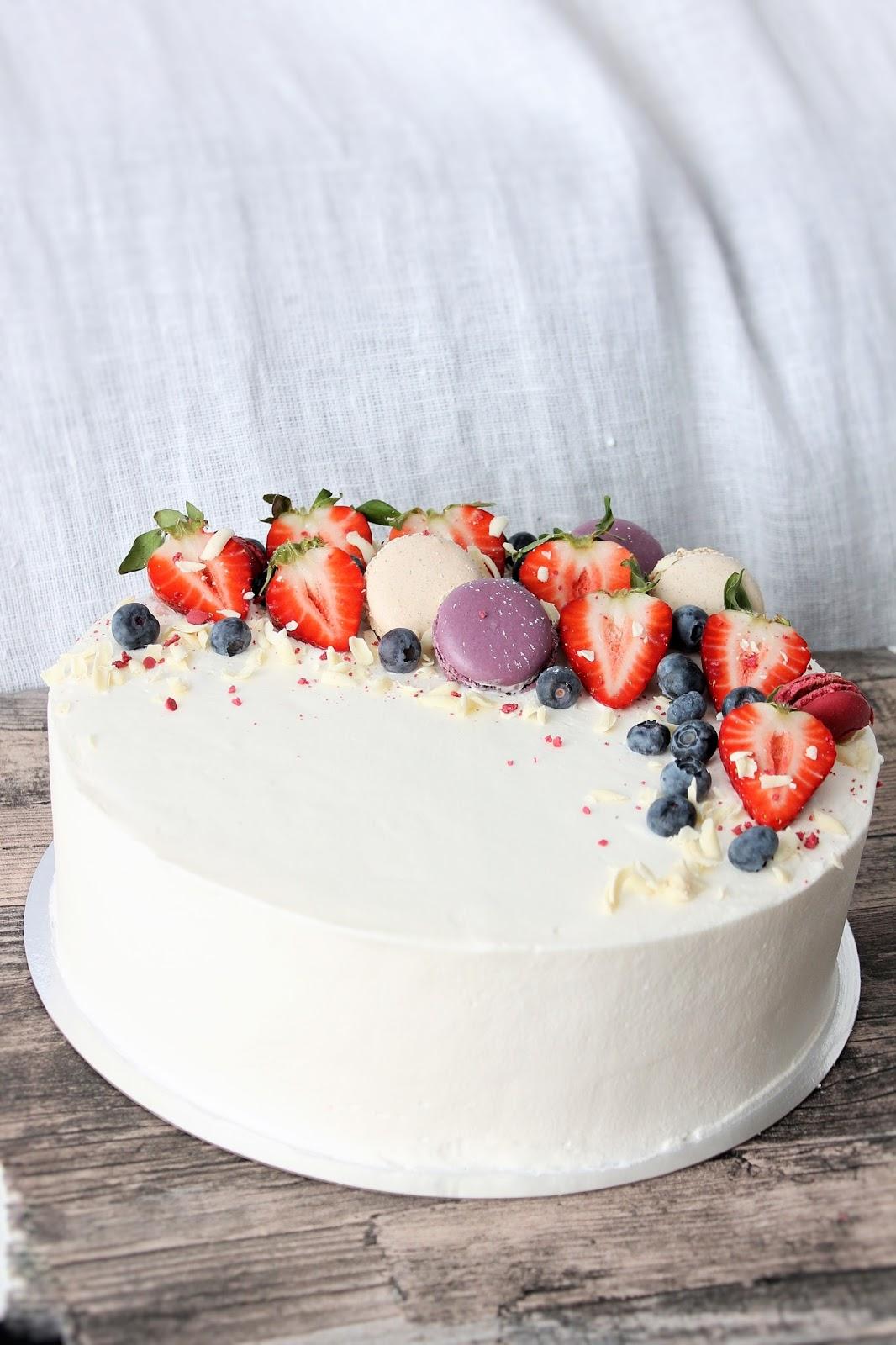 Kakun Koristelu Suklaalla