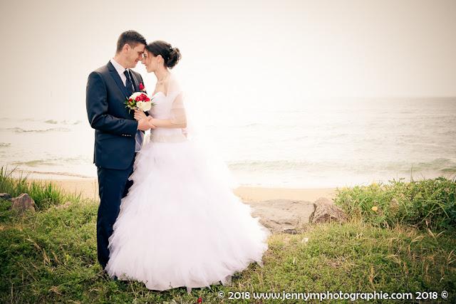 sénce photo couple mariés, trash the dress plage de la paracou la chaume