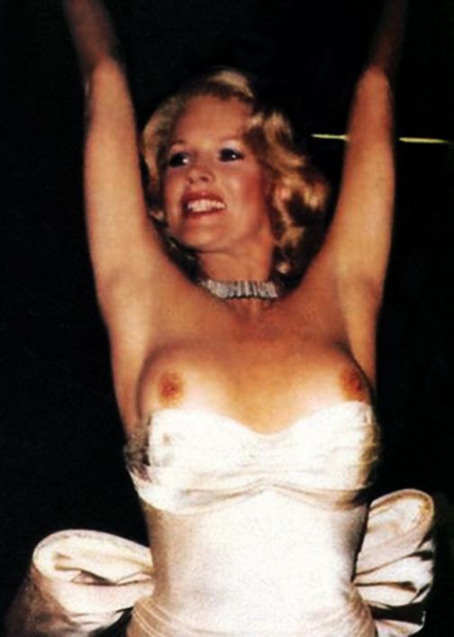 Yvonne strahovski nude amp sex scenes 7