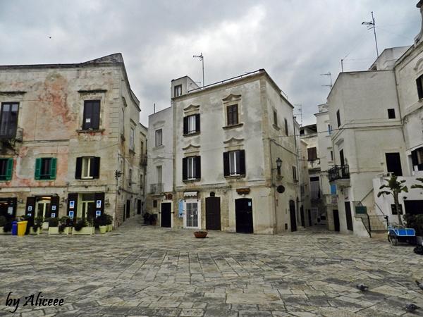 centru-istoric-polignano-a-mare-italia-puglia