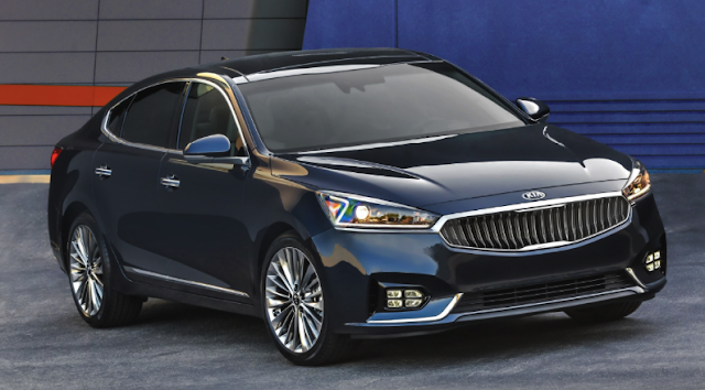 2017 Kia Cadenza Review Car And Driver
