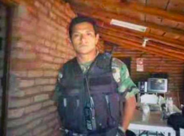 """El """"Teniente Bravo"""" entrenado en Fuerzas Especiales del ejercito, """"Jefe de escolta"""" del Chapo."""