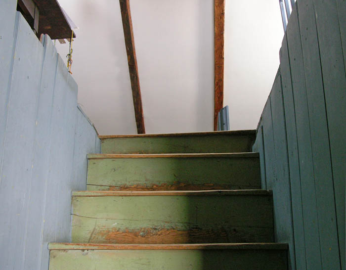 Studio And Garden: My Old House: The Staircase