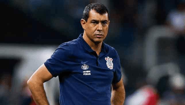 """فابيو كاريلي """"مدرب الاتحاد المحتمل"""".. قائد المنهج العلمي في الكرة البرازيلية"""