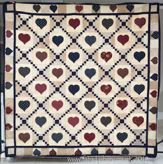 Irish Chain Hearts quilt made by Gloria