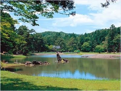 วัดโมสึจิ (Motsuji Temple)