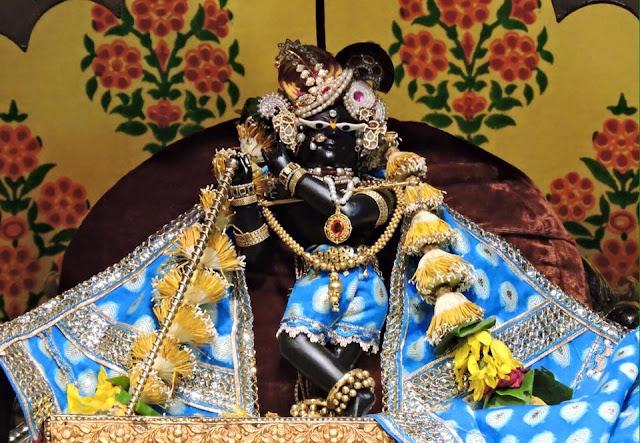 vrindavan-darshan-full-pic