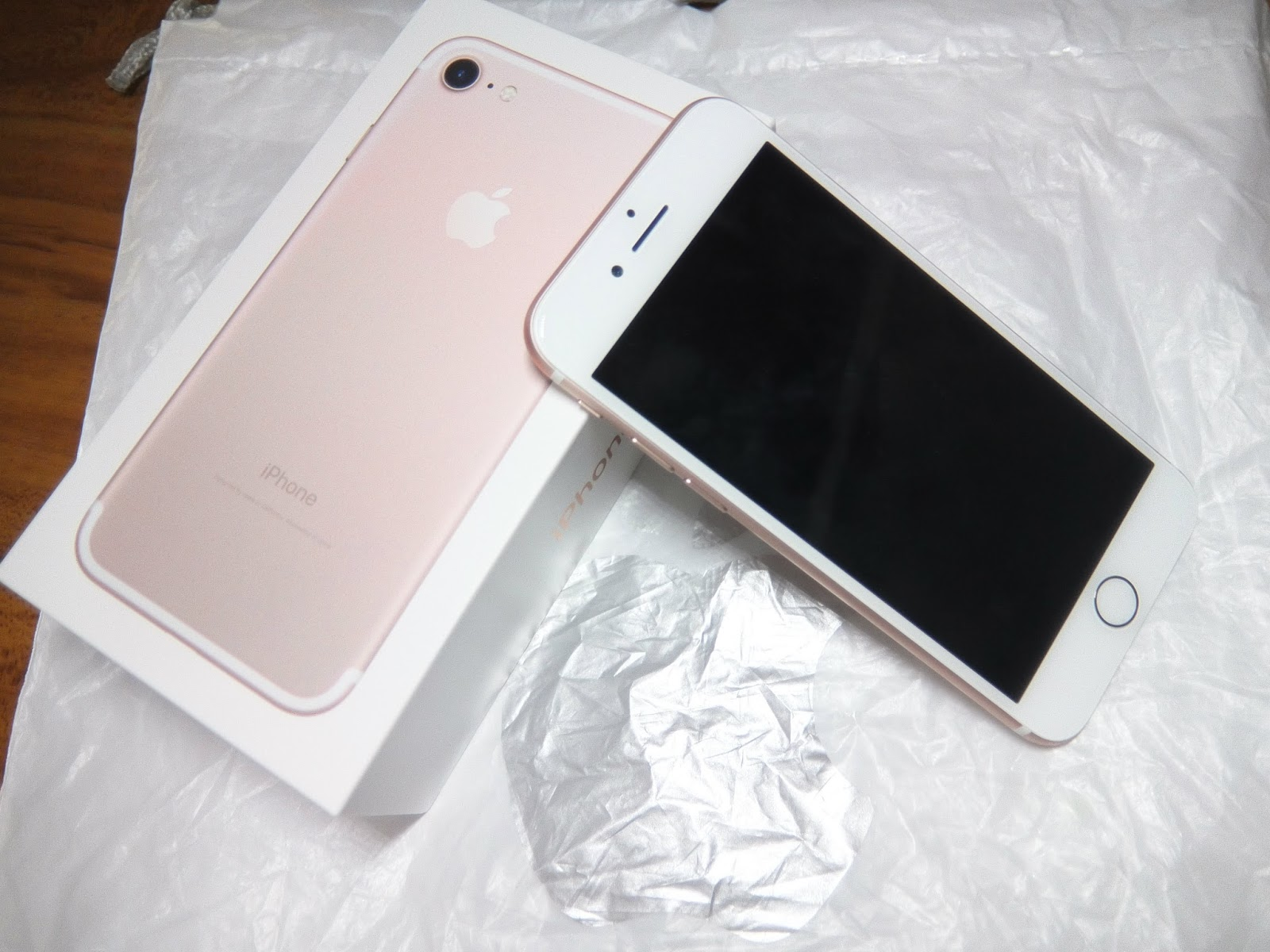 Iphone 7 Rose Gold ミカエラ