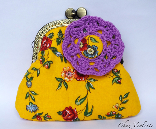Floral retro purse by Chez Violette