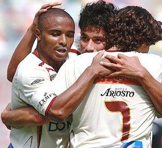 Foto de Héctor Hurtado festejando gol