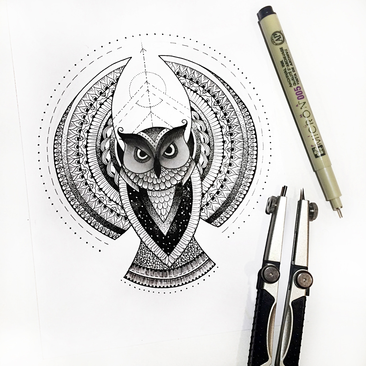 07-Fearless-Owl-Dilrani-Kauris-Symmetry-and-Style-in-Mandala-and-Mehndi-Drawings-www-designstack-co