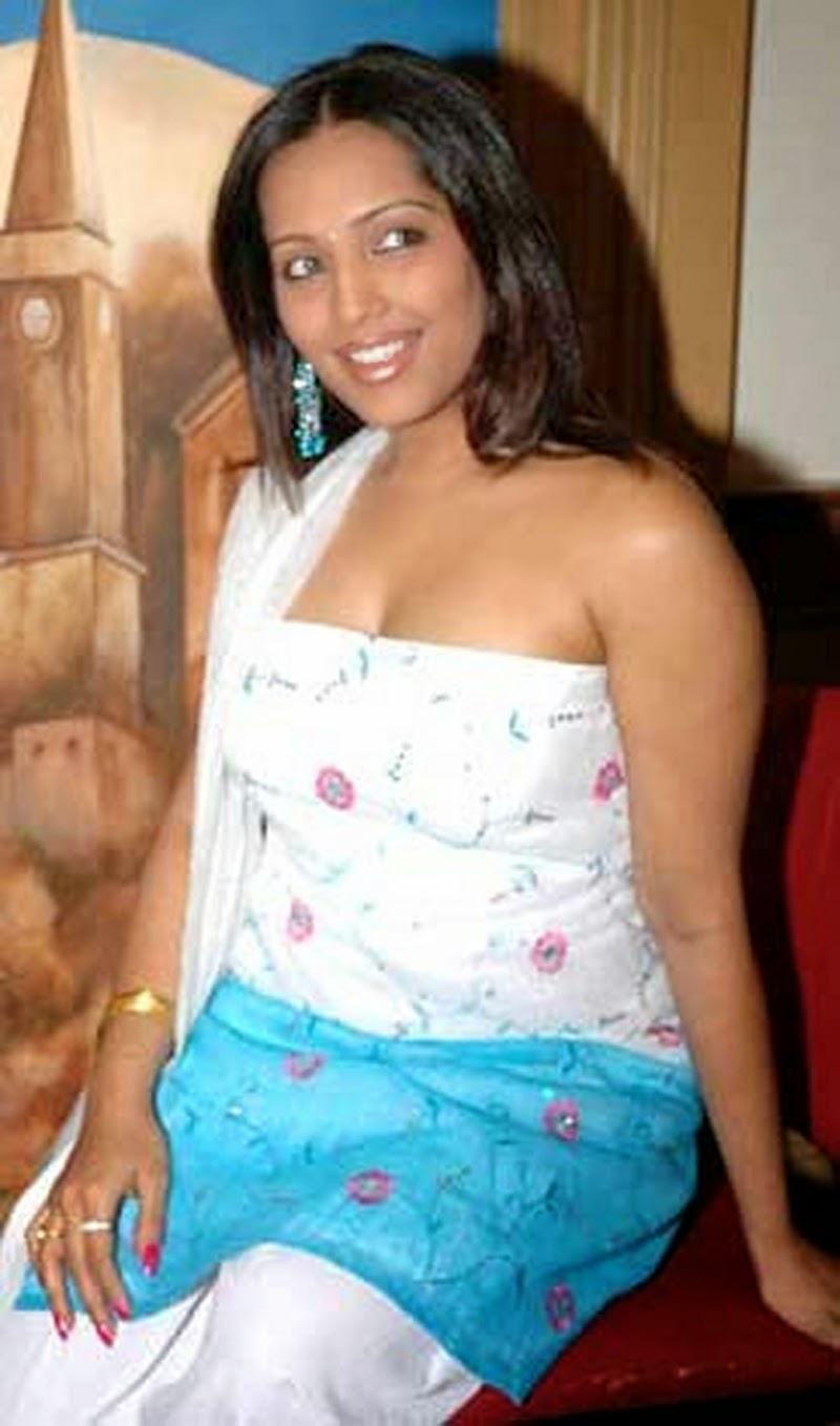 Telugu Actress Photos, Aunty Without Saree Sexy Photos -9819