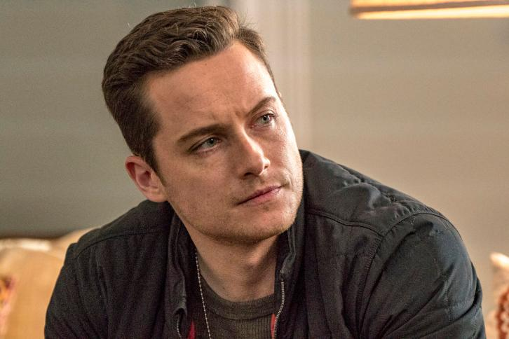 Chicago PD - Episode 4.20 - Grasping for Salvation - Promo, 3 Sneak Peeks, Promotional Photos & Press Release