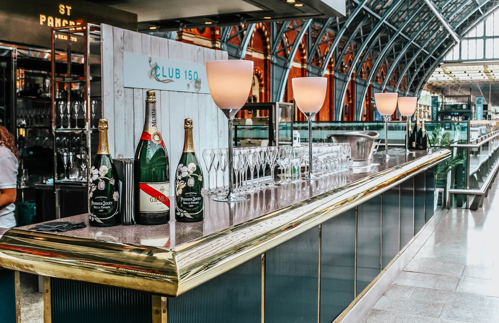 Club 150 Champagne Bar St Pancras Station