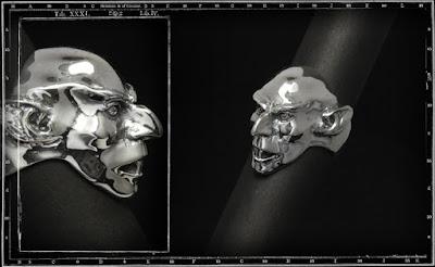 http://crazypigdesigns.com/en/30-rings-faces