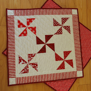 Peppermint Twist Table Topper - QuiltBee