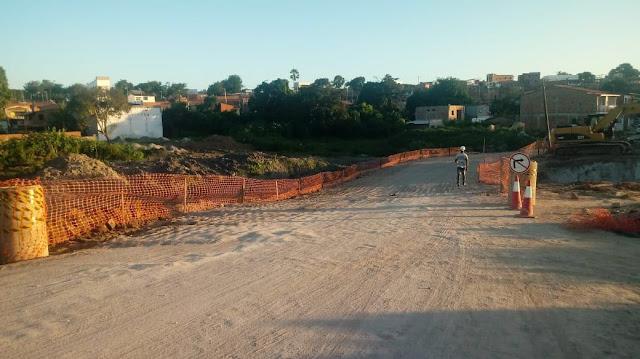 SAJ: Obras prosseguem e Prefeitura libera trânsito na Avenida Heitor Lírio de Melo