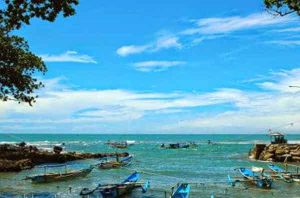 Pantai Jayanti Tempat Wisata di Cianjur Murah Meriah