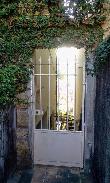 Portão com Vista de Santa Teresa