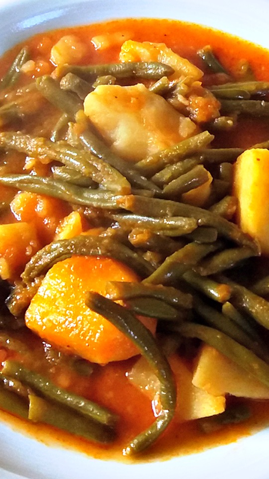 Fasolakia Lathera Greek-style Green Beans cooked in olive oil.