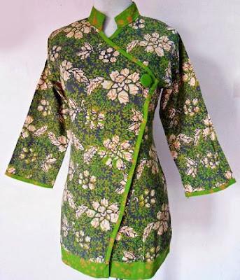 Desain Baju Batik Kancing Samping