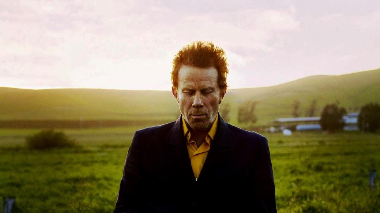 tom waits Tom waits' signature singing style is hard to replicate, but these 10 artists took  waits' work in their own hands.