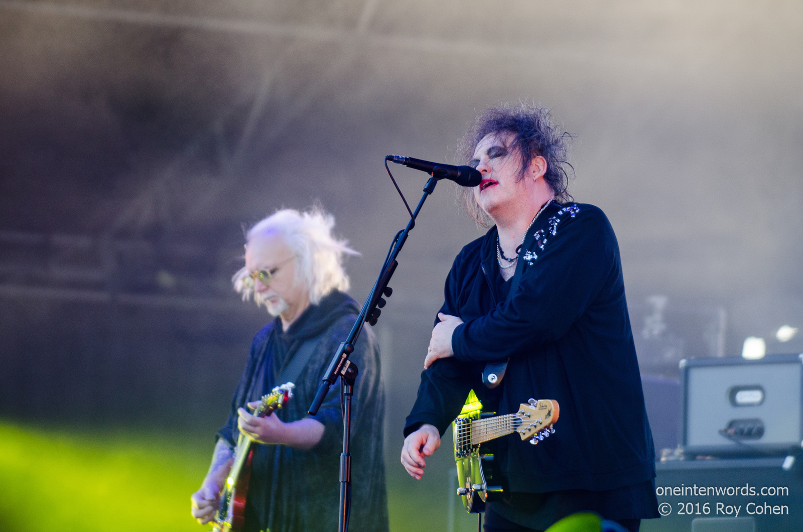 one in ten words: Bestival Toronto 2016: Day 2: The Cure