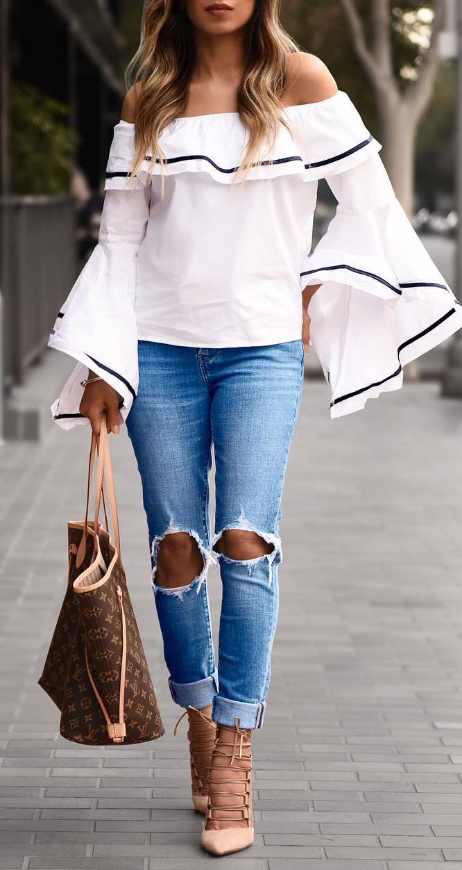 amazing outfit idea: off shoulder top + bag + ripped jeans