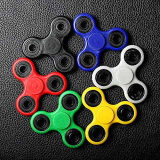Hand Spinner Fidget (mainan putar jari tangan)