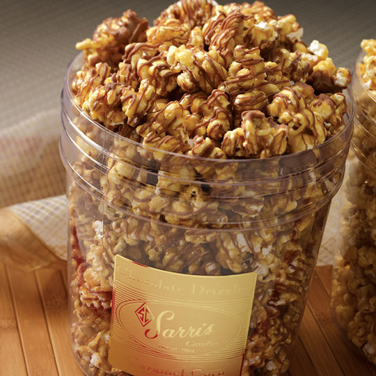 Chocolate Drizzled Caramel Popcorn diy wedding favors