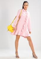 https://www.zalando.be/sister-jane-blousejurk-pink-qs021c01o-j11.html