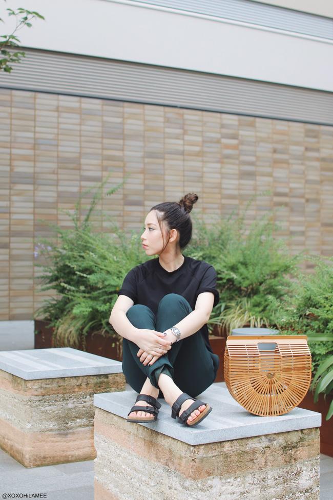 日本人ファッションブロガー,MizuhoK,20170716今日のコーデ,SheIn-黒Tシャツ,STUDIOS-深緑イージーパンツ,BIRKENSTOCK-コンフォートサンダル アリゾナ,Re:edit-バンブーかごバッグ,CASIO-腕時計,ユニセックスコーデ 楽チンスタイル