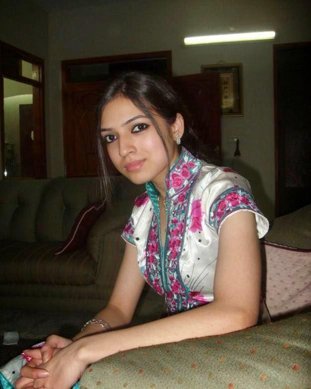 Oil massaging horny pakistani women free xxx galeries