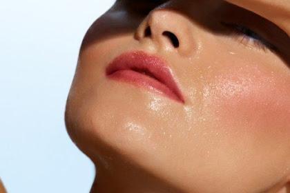 Kulit Wajahmu Berminyak, Atasi Dengan 6 Tips Ini!
