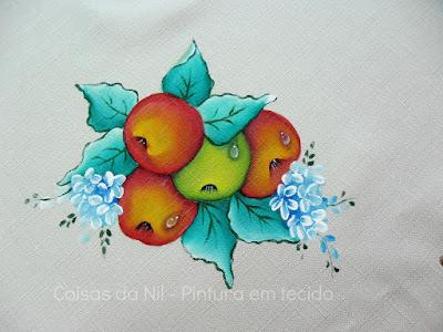 maças pintadas em tecido