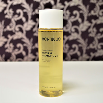 Micellar Cleansing Oil de Montibello.