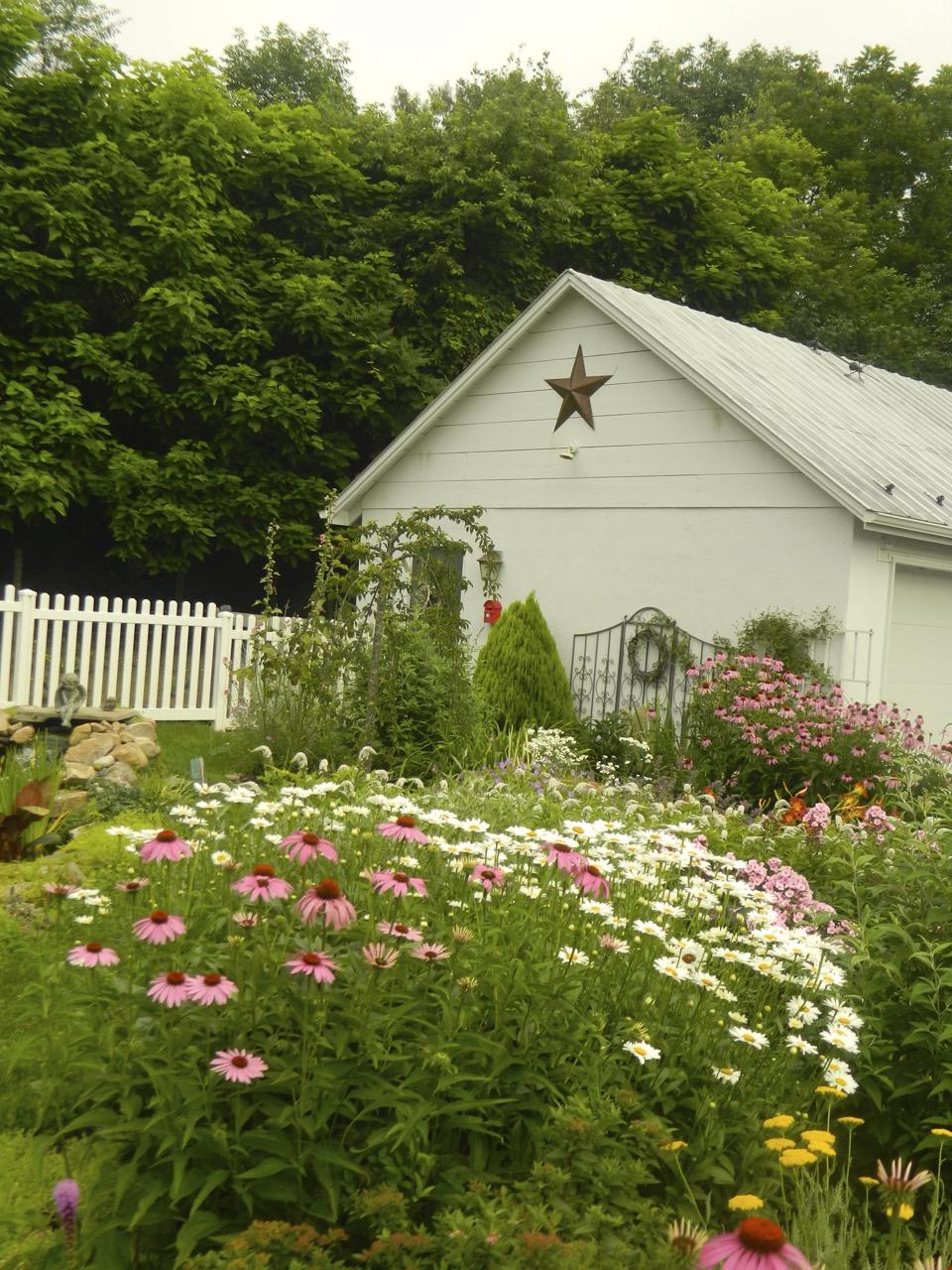 Pam 39 S English Cottage Garden