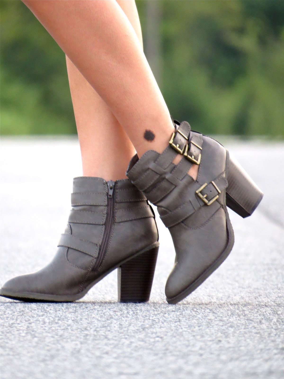cut_out_booties