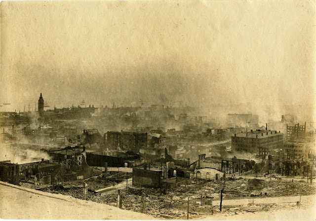 View from Telegraph Hill of smoke and fire, 1906 California Historical Society