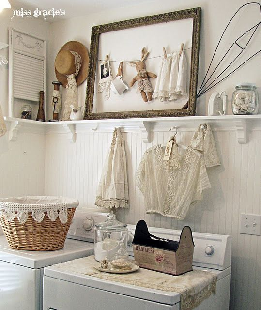 Vintage Shabby Chic Home Decor: Shabby Chic On Friday: Pretty Laundry Room