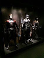 L'expo DC chez Art Ludique; film; planche; costume; accessoire; cinema; serie; tv; detective comics;