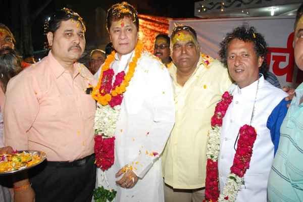 tv-serial-mahabharat-arjun-feroj-khan-in-shobha-yatra-shre-ram-seva-dal
